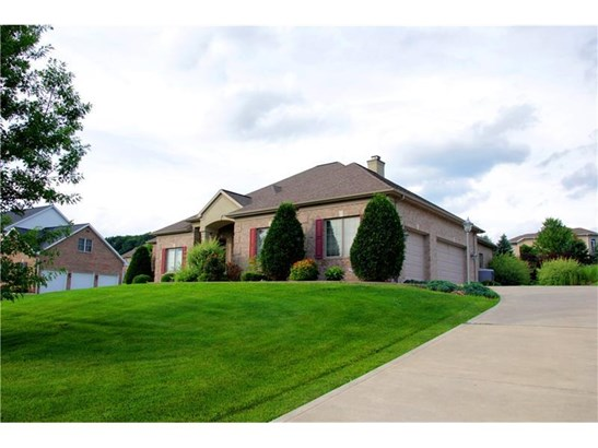905 Gateway Cir, Hempfield, PA - USA (photo 2)