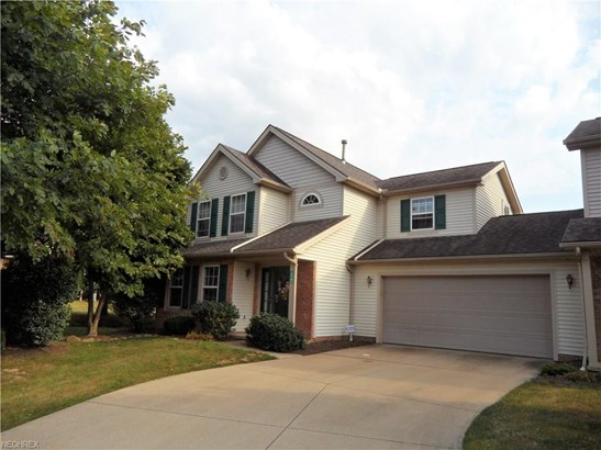15791 Lakeview Ter, Middleburg Heights, OH - USA (photo 1)
