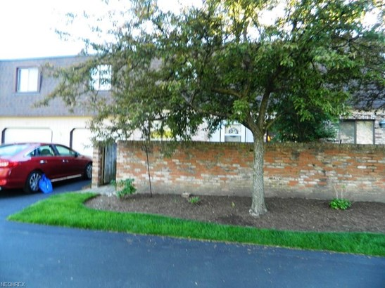 1651 Mentor Ave 1205, Concord Twp, OH - USA (photo 3)
