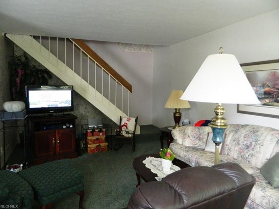 1651 Mentor Ave 1205, Concord Twp, OH - USA (photo 4)