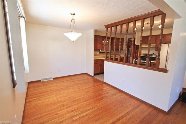 18 Brune Dr, Bedford, OH - USA (photo 3)