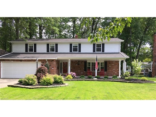 27905 Blossom Blvd, North Olmsted, OH - USA (photo 1)