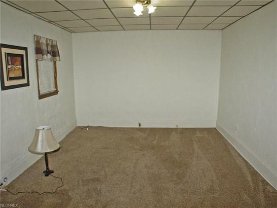 1317 Pleasant Ave, Wellsburg, WV - USA (photo 2)
