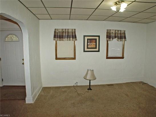 1317 Pleasant Ave, Wellsburg, WV - USA (photo 3)