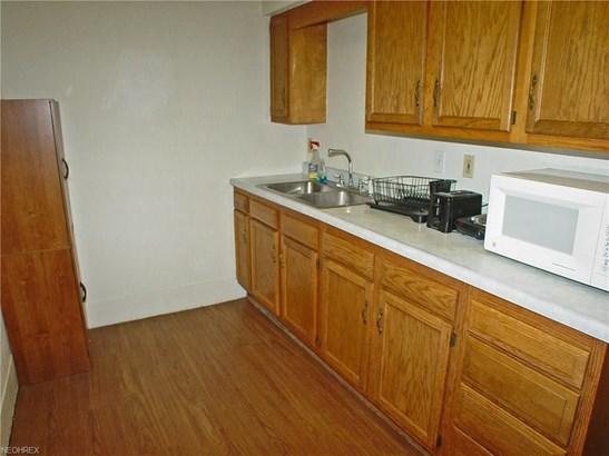 1317 Pleasant Ave, Wellsburg, WV - USA (photo 5)