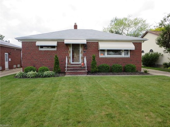 29717 Fairway Blvd, Willowick, OH - USA (photo 1)