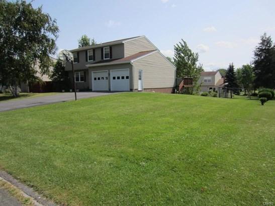 4767 Summerhurst Drive, Clay, NY - USA (photo 3)