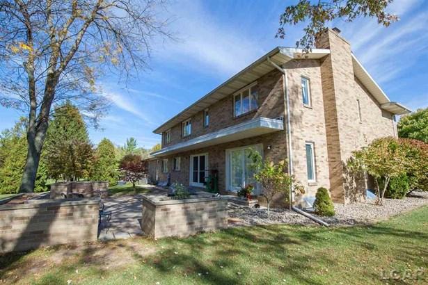 555 Meadowbrook, Adrian, MI - USA (photo 5)