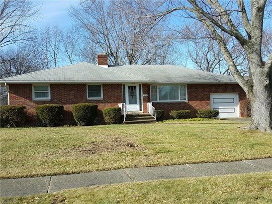 3298 Regina Ave, Lorain, OH - USA (photo 1)