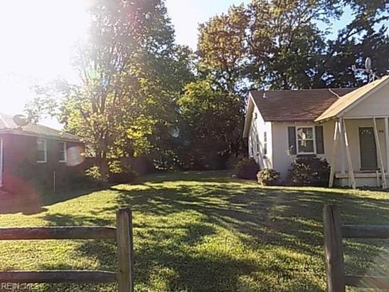 467 Lucas Ave, Norfolk, VA - USA (photo 2)