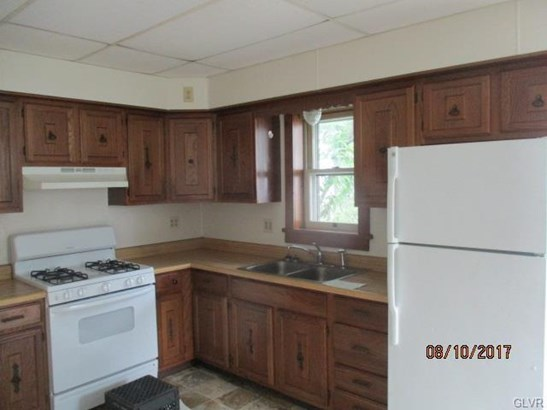 202 Lehigh Street, Bear Creek Township, PA - USA (photo 3)
