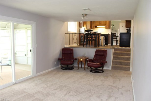 1052 E Dartmoor Ave, Seven Hills, OH - USA (photo 5)