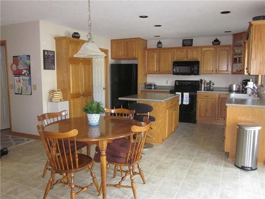 2553 Wintergreen Drive, Mill Creek, PA - USA (photo 4)