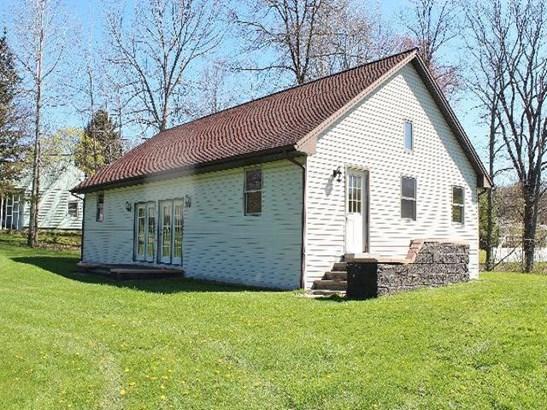 31 Hughes, Jamestown, NY - USA (photo 1)