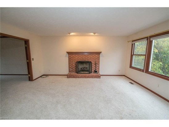 14731 King Arthur Ct, North Royalton, OH - USA (photo 4)
