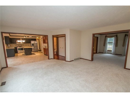 14731 King Arthur Ct, North Royalton, OH - USA (photo 5)