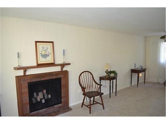 206 W Bruceton Rd, Pleasant Hills, PA - USA (photo 4)