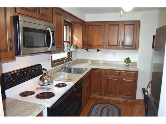 206 W Bruceton Rd, Pleasant Hills, PA - USA (photo 5)