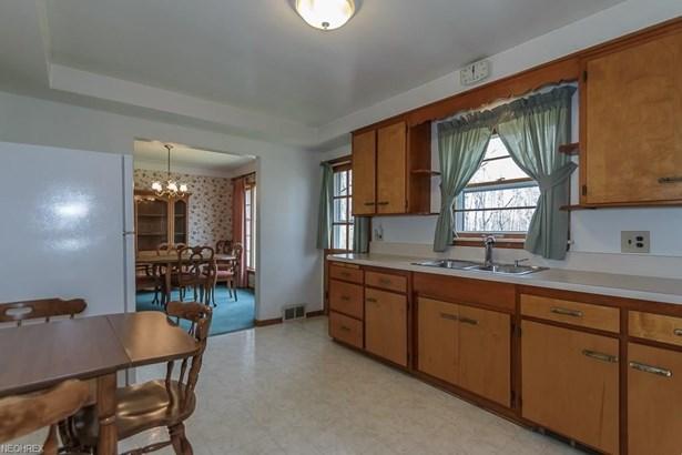 4949 Geraldine Rd, Richmond Heights, OH - USA (photo 5)