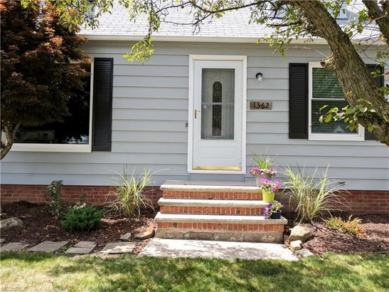 1362 Commonwealth Ave, Mayfield Heights, OH - USA (photo 2)