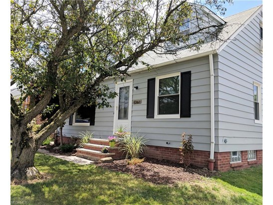 1362 Commonwealth Ave, Mayfield Heights, OH - USA (photo 3)