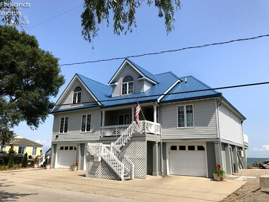 8625 Sand Beach Road, Oak Harbor, OH - USA (photo 1)
