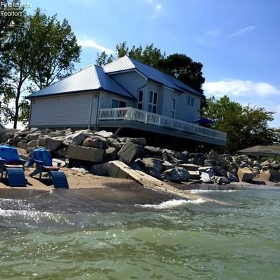 8625 Sand Beach Road, Oak Harbor, OH - USA (photo 2)
