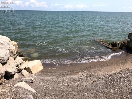 8625 Sand Beach Road, Oak Harbor, OH - USA (photo 4)