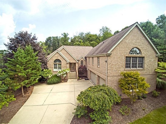 329 Marberry, O'hara Township, PA - USA (photo 1)