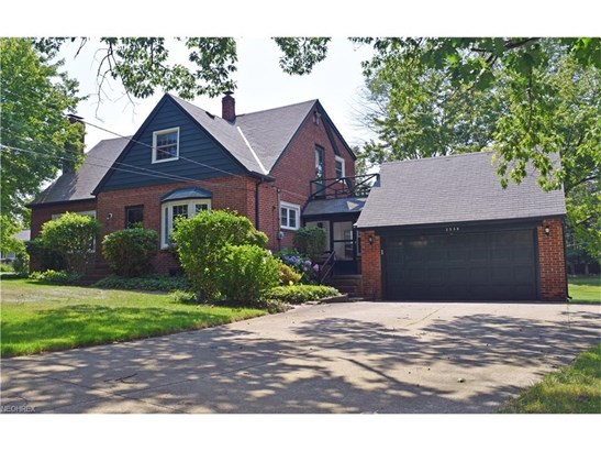 2538 River Rd, Willoughby Hills, OH - USA (photo 1)