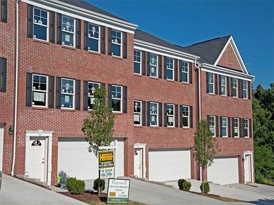 864 Highpointe Circle, Scott Township, PA - USA (photo 3)
