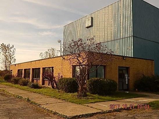 3213 Middle Road, Chadwick Bay, NY - USA (photo 2)