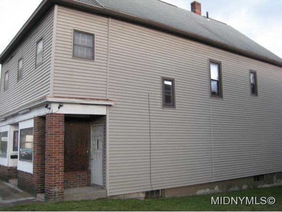 2112 Whitesboro, Utica, NY - USA (photo 2)