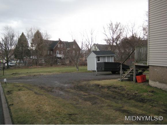 2112 Whitesboro, Utica, NY - USA (photo 4)