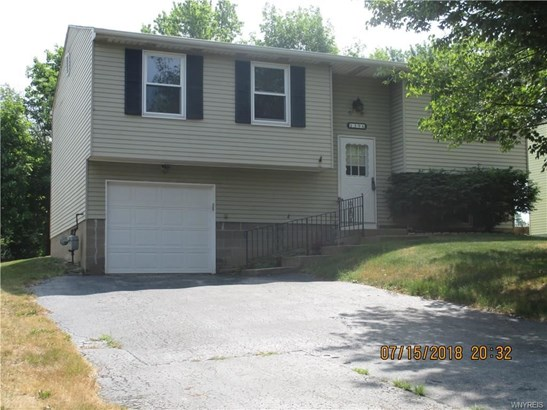 1396 Independence Drive, Derby, NY - USA (photo 1)