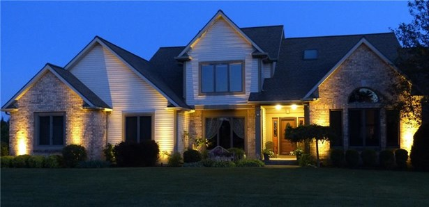 8 Parkview Manor Circle, Mendon, NY - USA (photo 3)