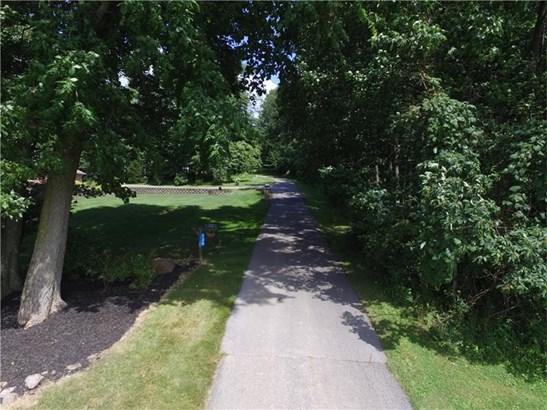 736 Dogwood Drive, Castle, PA - USA (photo 3)