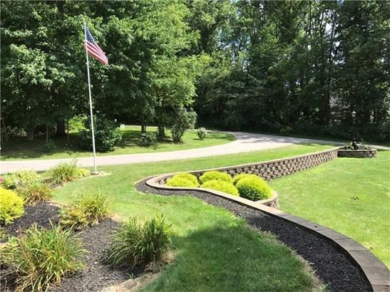 736 Dogwood Drive, Castle, PA - USA (photo 4)