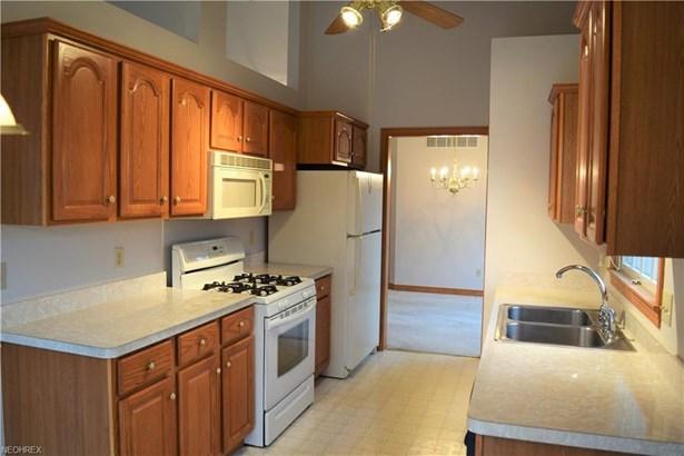 219 Cranberry Ct, Warren, OH - USA (photo 4)