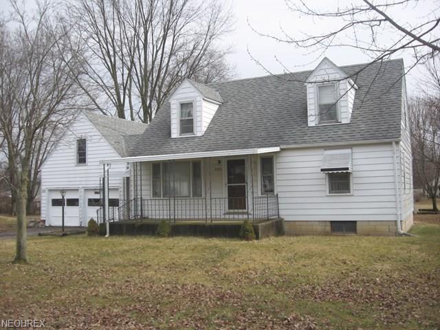 297 Ashland Ave, Ashland, OH - USA (photo 1)