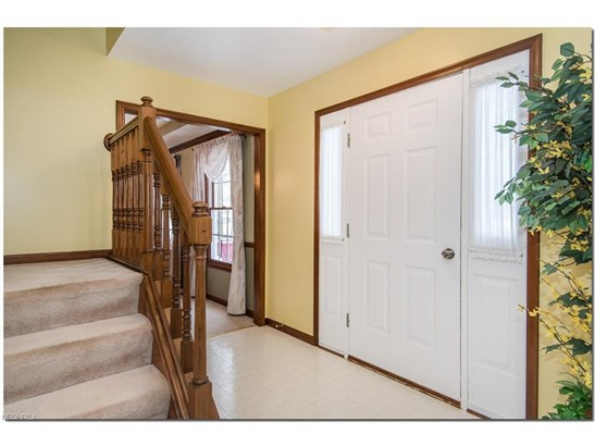 9353 Forest Point Dr, Macedonia, OH - USA (photo 5)
