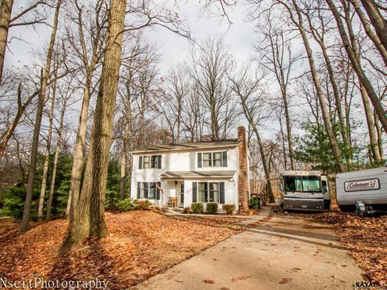 2330 Sunset Cir, Glenville, PA - USA (photo 1)