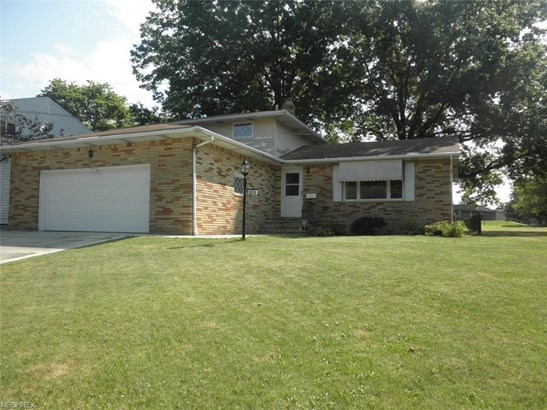 372 Kenyon Ave, Bedford, OH - USA (photo 1)