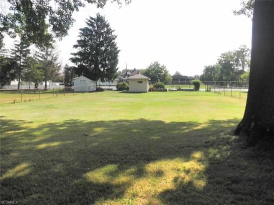 372 Kenyon Ave, Bedford, OH - USA (photo 4)