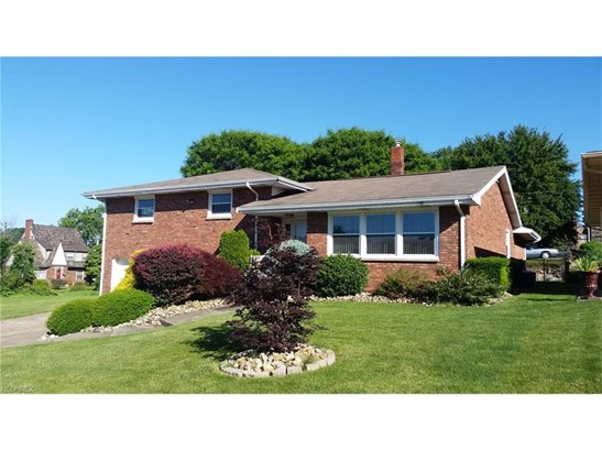 2052 Eve Dr, Steubenville, OH - USA (photo 2)