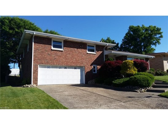 2052 Eve Dr, Steubenville, OH - USA (photo 3)