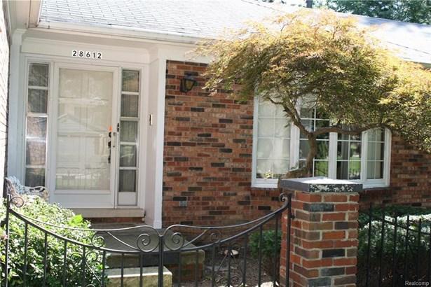 28612 Lincolnview Dr, Farmington Hills, MI - USA (photo 3)