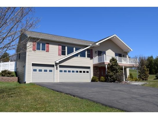 2 Parkview Court, Endwell, NY - USA (photo 1)