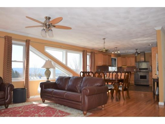 2 Parkview Court, Endwell, NY - USA (photo 2)