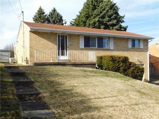 863 Elwell Ave, West Mifflin, PA - USA (photo 2)